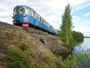 Rautatieaiheinen magneetti