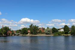 Tekniikan museo sijaitsee Kuninkaankartanonsaarella. Rakennukset valmistuivat Suomen ensimmäisen vesilaitoksen käyttöön 1870-luvulta alkaen.