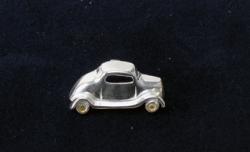 Silvery Car Pin