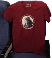 Ilmailumuseon miesten t-paita, viininpunainen